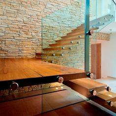 Stein und Glas - Design im exklusiven Haus am See. Haus Am See, Conference Room, Table, Furniture, Design, Home Decor, Exclusive Real Estate, Villas, New Construction