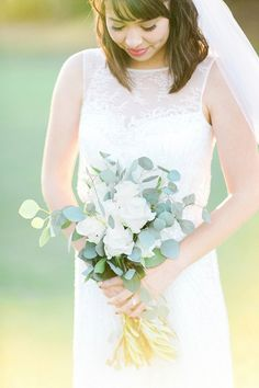 Swooning over this Bride's stunning wedding day style! Beautiful wedding at Carmel Mountain Ranch Country Club