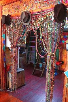 Innovative Bohemian Style Curtains and 25 Best Bohemian Curtains Images On Home Decor Boho Gypsy Hippie 19240 is among images of Curtains ideas for your ho Bohemian Style Home, Bohemian Decor, Bohemian Curtains, Vintage Curtains, Gypsy Style, Bohemian Living, Hippie House Decor, Hippie Style Rooms, Hippie Bedroom Decor