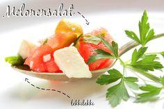 heimatPOTTential -Lukullische Sommerliebchen: Wassermelonensalat Feta, Cantaloupe, Food Porn, Salad, Fruit, Ethnic Recipes, Park, 500 Calories, Parsley