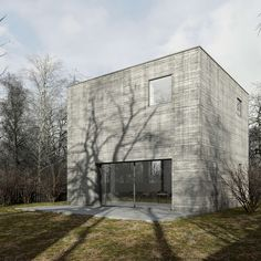 the concrete cube house in poland by też architekci