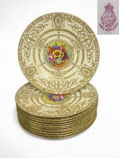 2352: Twelve Royal Worcester Porcelain Dinner Plates : Lot 2352