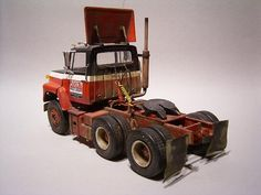 Big Ford Trucks, Model Truck Kits, Freight Truck, Plastic Models, Tractors, Scale, Christian, Vehicles, Commercial Vehicle