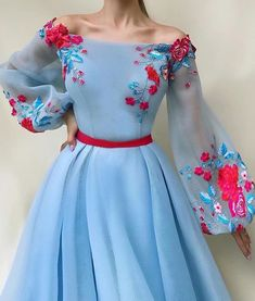 Amazing floral dress with sleeves Beautiful Prom Dresses, Elegant Dresses, Pretty Dresses, Ball Dresses, Ball Gowns, Flower Dresses, Floral Dresses With Sleeves, Hijab Dress Party, Designer Dresses