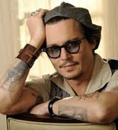 Latest Celebrities Photos, News, Gossips, Rumors, Entertainment, Style, Fashon, Beauty: Johnny Depp says fiance Amber Heard is 'very good ...