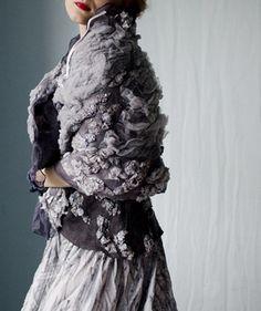 FEEL FELT FELT FEELING - Vilte's clothing is very beautiful!