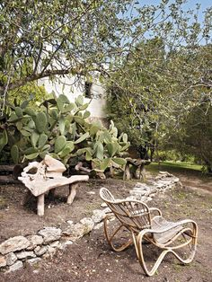 Bohemian rustic house in Ibiza with a lot of charm for the unexpected.
