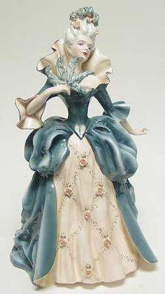 MADAME POMPADOUR-BLUE - Florence CeramicsFlorence Ceramics Figurine at Replacements, Ltd