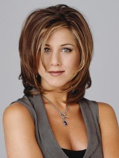 Jennifer Anniston hair; classic style that looks good on almost everyone