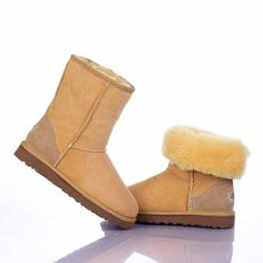 Uggs On Salewww.uggs-outlet-us.org Ugg Winter Boots, Snow Boots, Uggs On Sale, Ugg Boots Outfit, Ugg Boots Cheap, Classic Ugg Boots, Looks Cool, Uggs Outlet, Outfit Winter