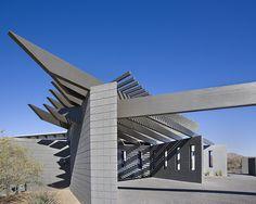 Modern Trellis, Modern Home, Modern Entryway, Home Inspiration, Arizona Architecture, Nature Inspired Interior Ideas, Creative Decor, Desert Designs, Custom Home