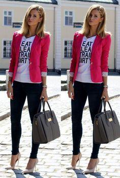 Look com blazer - como usar blazer preto looks com blazer blazer zara blazer rosa blazer vermelho blazer preto blazer branco Blazer Jeans, Look Blazer, Zara Blazer, Casual Chic, Work Casual, Casual Looks, Casual Hijab Outfit, Casual Outfits, Rosa Blazer Outfits
