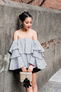 Spring Beauty :: Ruffle top & All things Beauty Wendy's Lookbook, Asos Skirts, Urban Fashion, Fashion Women, Women's Fashion, All Things Beauty, Ruffle Top, Shorts, Everyday Fashion