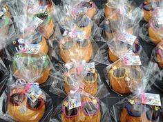 Kindertraktaties: Eierkoek met zonnebril