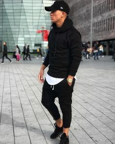Fashion, Clothing, Shoes: Looks with which the checkered jacket will not be like the one of the whole world Stylish Men, Men Casual, Moda Men, Style Masculin, Clothing Labels, Mens Clothing Styles, Clothing Accessories, Mode Style, Men Looks