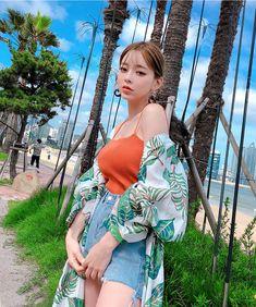 Kang Taeri looks pretty hot 🔥 Korean Girl Photo, Cute Korean Girl, Korea Fashion, Girl Fashion, Asian Model Girl, Uzzlang Girl, Beautiful Asian Girls, Japanese Girl, Girl Photos