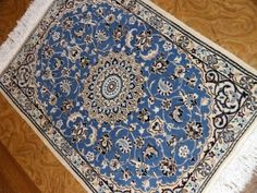 素敵なブルー色手織り玄関マットペルシャ絨毯58052、エレガントデザインと色ペルシャ絨毯