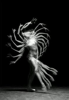 Kang Seon Jun, Musetouch. Love this, looks like the dancer is being possessed, use of motion makes the image look creapy