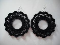PENDIENTES!! Wire Crochet, Jewelry Crafts, Collars, Free Pattern, Jewlery, Crochet Earrings, Knitting, Spanish, Charms