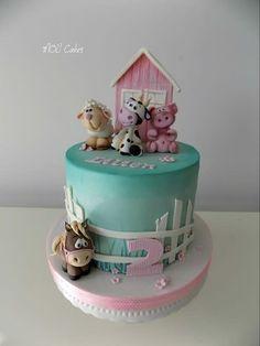 Farm cake for little girl Lilien. Farm Birthday Cakes, Animal Birthday Cakes, Farm Animal Birthday, Girl 2nd Birthday, Farm Animal Cakes, Baby Girl Cakes, Little Girl Cakes, Farm Cake, Baby Shower Cakes