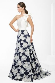 add a bow on the other side Night Gown Dress, The Dress, Evening Dresses, Prom Dresses, Formal Dresses, Elegant Dresses, Pretty Dresses, Beautiful Dresses, Classy Outfits