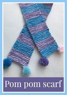 A knitted scarf with pom poms : How to knit a pom pom scarf for a child - Knitting Projects Knitting For Kids, Easy Knitting, Knitting Patterns Free, Knitting Projects, Charity Knitting, Pompom Scarf, How To Make Scarf, Pom Poms, Knits
