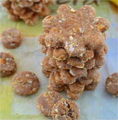Peanut Butter Oatmeal Banana Dog Treats...1 egg, ⅓ cup peanut butter (chunky or creamy), 1 cup whole wheat flower, ½ cup oats, 1 mashed banana (1/2 cup)...