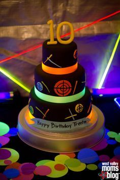 Neon glow in the dark cake Cakes Pinterest Neon glow Cake