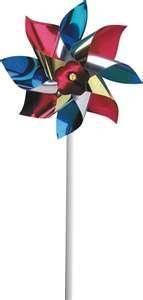 I loved pinwheels. - Los molinetes, me los compraban en el Parque Rodó-