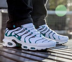 Nike Air Max Plus-White-Turbo Green-Black
