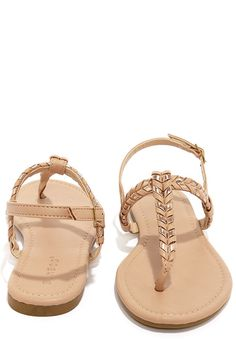 b11359d575e1 Bamboo Josalyn 06 Nude and Rose Gold Thong Sandals