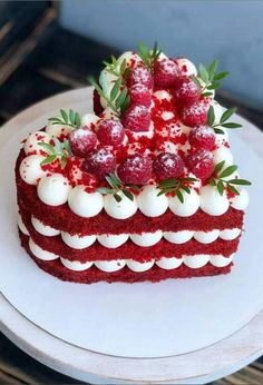 ▽ Looking for Valentine's Day cake ideas for your Valentines this year? Find great ideas for delicious Valentine's Day cakes and desserts - These video, mus. Best Dessert Recipes, Fun Desserts, Cake Recipes, Healthy Desserts, Chocolate Desserts, Baking Desserts, Healthy Dinners, Healthy Baking, Baking Recipes