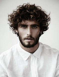 curls | mens hair Barbe, mode, inspiration, coiffure homme, barbier & salons de coiffure #hairmaps