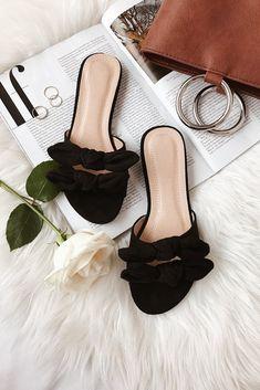 2fa4cd43d 26 Spring Sandals  26 and Under - Pearls   Prada Sandalias De Tiras