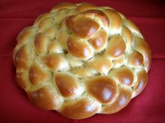 Hopefully (with this recipe) when I make this the boys will actually eat it! Guinness-challah. I love challah