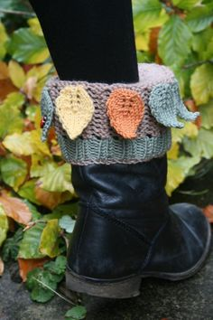 (6) Name: 'Knitting : Leafy Boot Cuffs, Boot Toppers