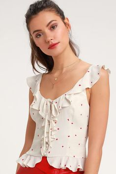 Snag all the newest trends in women's dressy tops and blouses at Lulus! It's easy to stay ahead of the curve with dressy shirts for juniors and women from Lulus Blouse Styles, Blouse Designs, Dress Styles, Dressy Tops, Dressy Dresses, Lace Dresses, Club Dresses, Crop Tops, Dress To Impress