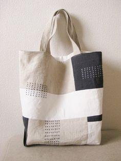 刺し子トートバッグ自作 Patchworked fabric bag with Sashiko stitching. Patchwork Bags, Quilted Bag, Linen Bag, Japanese Embroidery, Denim Bag, Fabric Bags, Market Bag, Cotton Bag, Cloth Bags