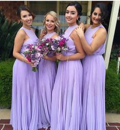 #CoordinatedBridesmaids!  Makeup and image via @beauty_byjulie • Hair by @hairbyneveen #thecoordinatedbride #wedding #bridesmaids