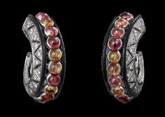 African Influences – High Jewelry Earrings Platinum, cabochon-cut orange sapphires, onyx, brilliants