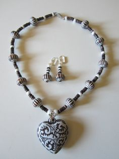 Valentines Heart Necklace with acrylic beads and shell by yasmi65, $27.00