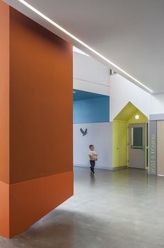 Image 22 of 29 from gallery of Lake Wilderness Elementary School / TCF Architecture. Photograph by Pete Eckert School Architecture, Architecture Photo, Children's Clinic, Maple Valley, School Design, Elementary Schools, Wilderness, Photograph, Xiamen