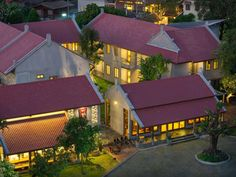 Chiang Mai CHU Hotel Chiangmai Thailand, Asia Ideally located in the prime touristic area of Charoenmueng, CHU Hotel Chiangmai promises a relaxing and wonderful visit. The hotel offers guests a range of services and amenities designed to provide comfort and convenience. To be found at the hotel are free Wi-Fi in all rooms, 24-hour security, daily housekeeping, fax machine, taxi service. Comfortable guestrooms ensure a good night's sleep with some rooms featuring facilities suc...
