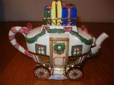 Charter Club Winter Garland Christmas Town Carriage Tea Pot with Greenery Bows | eBay