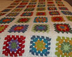 Colorful Granny Square Blanket by LOMamas on Etsy