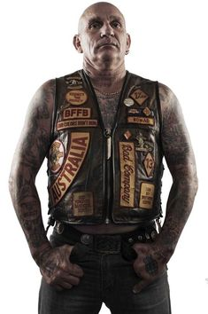 Biker Clubs, Motorcycle Clubs, Motorcycle Jacket, Bandidos Motorcycle Club, Outlaws Motorcycle Club, Facial Tattoos, Hells Angels, Old School Cars, Photo S