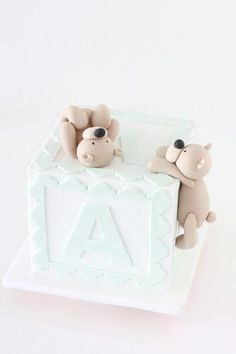 Bears and Baby Block Cake Tutorial - http://sharonwee.com.au/store.html#!/~/category/id=1739767=0=normal