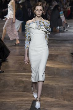 Christian Dior Haute Couture show on Luuk Magazine  http://www.luukmagazine.com/sfilate/christian-dior-13/