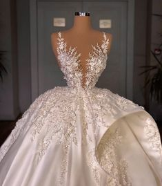 Fancy Wedding Dresses, Glam Dresses, Stunning Wedding Dresses, Princess Wedding Dresses, Pretty Dresses, Bridal Dresses, Wedding Bells, Videos, Prom