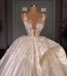 Fancy Wedding Dresses, Glam Dresses, Princess Wedding Dresses, Wedding Attire, Bridal Dresses, Wedding Bells, Stunning Dresses, Pretty Dresses, Glamouröse Outfits